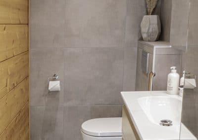 Vessa kylpyhuone Anttilanrannantie Riverside Luxury Suites