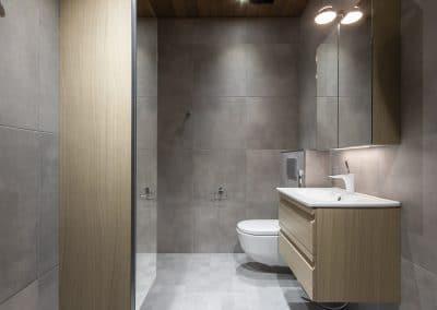 Rauhankatu vessa kylpyhuone